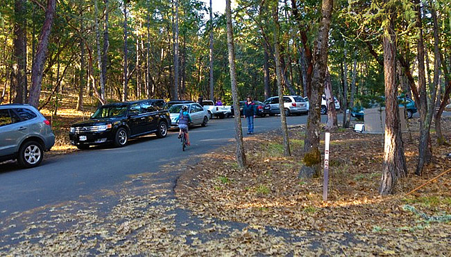 The Cathedral Hills Espy Road Trailhead on a busy Sunday in January. Road development would turn the peaceful trailhead into a busy thoroughfare. Friends of Cathedral Hills Photo.
